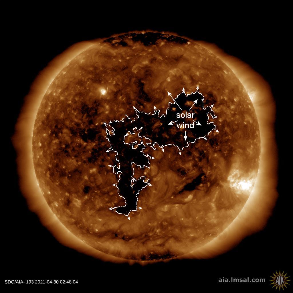 geomagnetic storm may 2021 Captan el nuevo fenómeno auroral la anti aurora o aurora negra sobre Escocia