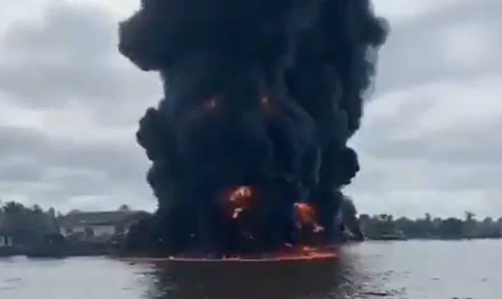 lake kivu on fire, lake kivu on fire video, lake kivu on fire video may 2021, exploding lake kivu on fire video