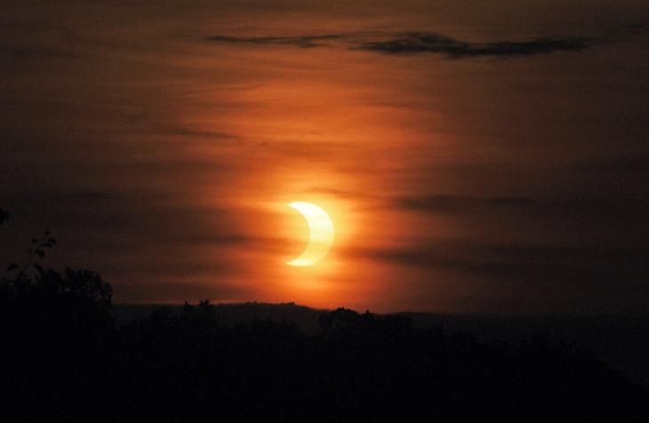 solar eclipse june 10 2021 photo, amazing solar eclipse june 10 2021 photo, partial solar eclipse june 10 2021 photo, best solar eclipse june 10 2021 photo