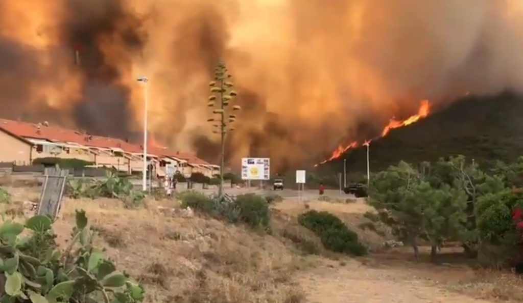sardinia fire 2021, sardinia fire 2021 video, sardinia fire 2021 pictures