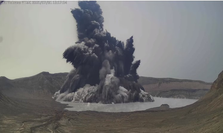 Taal volcano, Taal volcano eruption, Taal volcano eruption on July 1 2021, Taal volcano eruption on July 1 2021 video