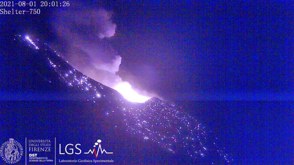 Major Stromboli eruption on August 1 2021, stromboli eruption pictures, stromboli eruption video, stromboli eruption map