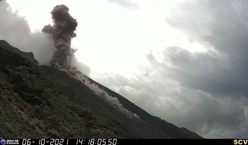 major explosion stromboli volcano, major explosion stromboli volcano photo, major explosion stromboli volcano video, major explosion stromboli volcano pictures